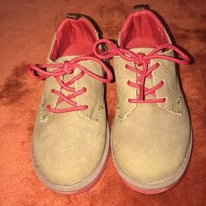 Oshkosh Javi Uniform Shoes